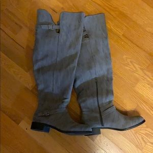 High knee boots!!! 12W